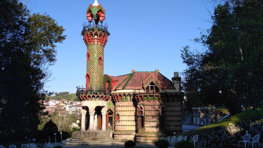 El Capricho de Gaudi (Comillas)