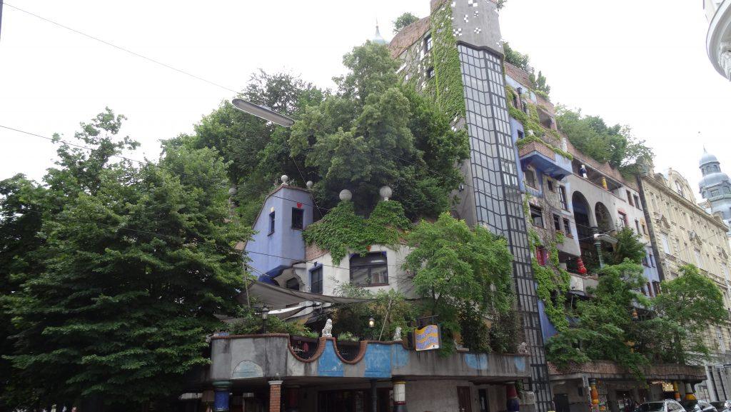 Edificio Hundertwasserhaus