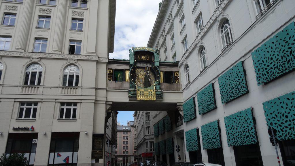 Reloj Anker (Plaza Hoher Markt)