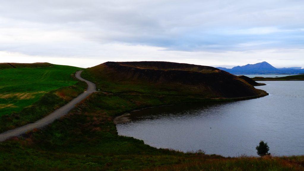 Skutustadagigar y Stakhólstjörn (Islandia)